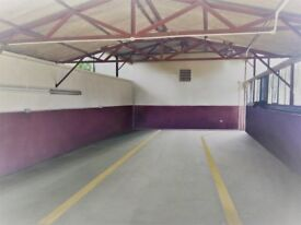 COMMERCIAL WAREHOUSE LIGHT INDUSTRIAL TO LET WITH YARD LAND FOR PARKING. SECURE GATED AREA.