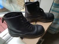 Dr. Martens Safety shoes steel toe