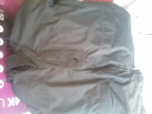 Woman Northface insulated jacket