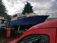 Wooden boat liveaboard 31ft