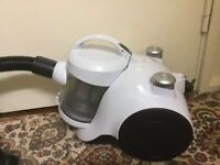 Hardly used White Hoover vacuum cleaner in very good working condition only £25