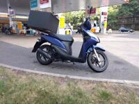 Honda vision NSC 110 WH-B 110cc