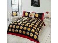Novelty emoji bedding
