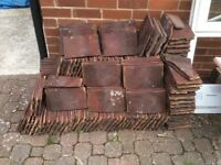Clay roof tiles, approx 200, rougement