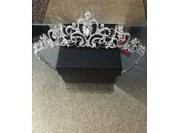 Beautiful bride/bridesmaid tiara with sliver Rhinestone