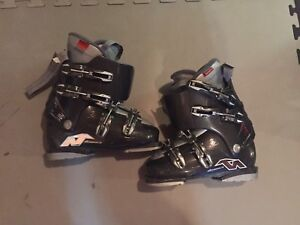 Women's Nordica size 7 boots