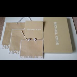 MICHAEL KORS GIFT BAGS, BOXES, RIBBONS AND GARMENT COVERS (NEW)