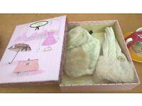 ear warmer and glove gift set brand new