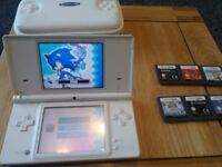 dsi console with 7 games star wars/ sonic/ cars horsez/