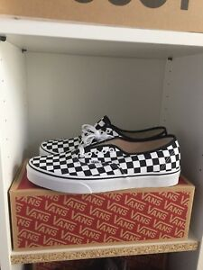 SELLING VANS AUTHENTIC CHECKERBOARD