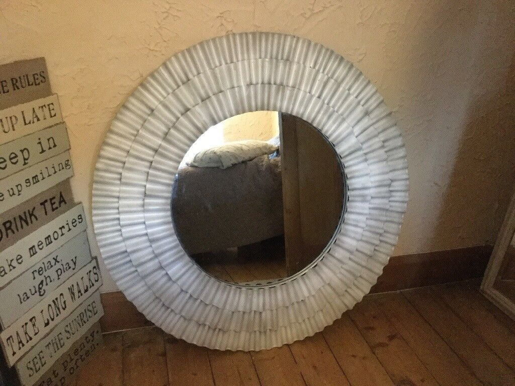 Style Large Round Mirror 3 Ft 5 Inches Diameter