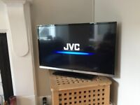 """32"""" TV with built-in DVD Player, SmartView, 3 yr care plan (bought Jan '17)"""