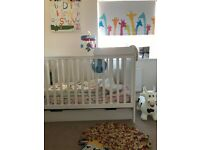 Mamas & Papas 'Mia classic' cot/bed package *unused*