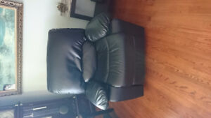 Leather couch matching lazyboy chair