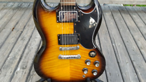Epiphone SG G400 Deluxe flametop w/ EMG Pickup