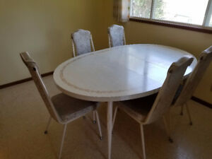 Vintage Kitchen Table with 5 high back Chairs