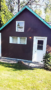 Cabin House with Jacuzzi ,Kitchen , Pvt yards $899 all inclusive