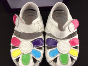 Pediped Daisy White Baby Shoes, 0-6 Months