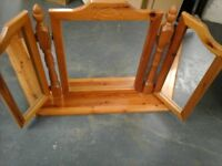 Lovely pine 3 way dersing table mirror