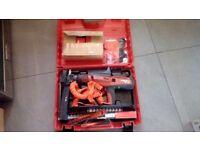 Hilton dx76 nail gun