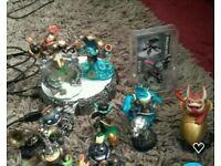 Skylanders swap force portal and characters