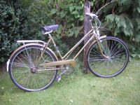 ladies puch touring vintage bike,new tyres 3 speed,20 in frame,superb condition