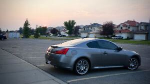 2008 Infiniti G37S Luxury Sports Coupe (2 door)
