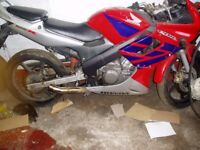 Honda cbr125 r breaking for spares only