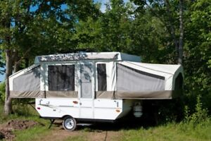 """"""" looking to Rent or Borrow Small Tent Trailer """"."""