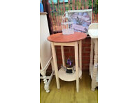 Round mahogany side table - shabby chic
