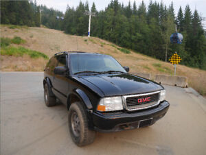 2005 GMC Jimmy ZR2 4x4 SUV