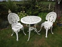 CAST ALUMINIUM GARDEN / PATIO BISTRO SET -- TABLE AND 2 CHAIRS --