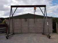 HEAVY DUTY PORTABLE OVERHEAD LIFTING A FRAME GANTRY COMPLETE WITH BLOCKS