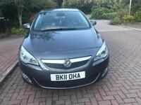 2011 Vauxhall Astra se Automatic 115bhp 1.6 Petrol half leather Only 44,000