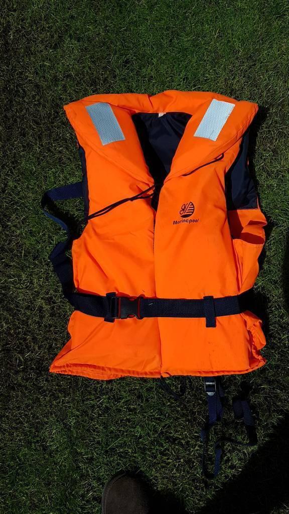 Marinepool life jacket