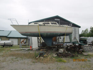 U S YACHTS 27 will part out