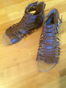 GUESS gladiator sandals - excellent condition - used once!