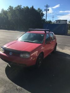 2003 Volkswagen Golf 5 speed !! Motivated to sell