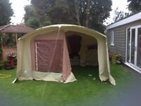 Racket armada trailer tent