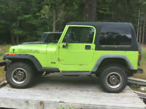 1994 Jeep Wrangler Coupe (2 door)