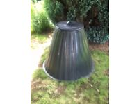Conical compost bin
