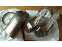 Italian Leather Shoes size 5.5 with Matching Bag Bronze/ Gold