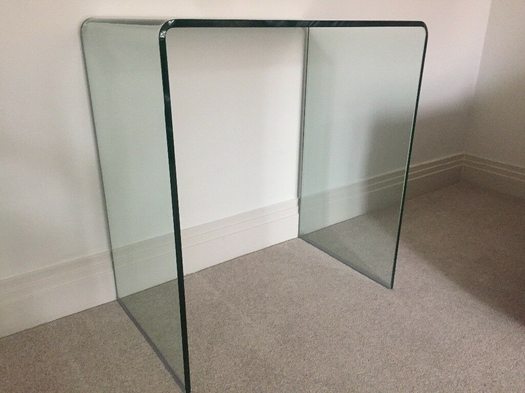Dwell Puro Curved Glass side tablescompact console tables x2in Ascot, BerkshireGumtree - 2 x matching curved glass side tables / compact console tables. Excellent condition. Ideal for use in hallway as a small console table, in seating areas as side tables, or as bedside tables. Bought from Dwell, part of the Puro range. Dwell still sell...