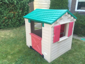 Little Tikes Playhouse - Great Condition