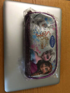 Frozen sister forever pencil case (with Disney trademark)