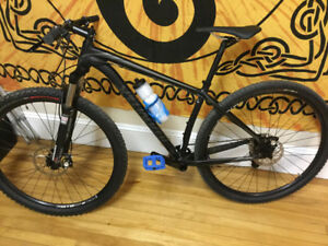Specialized mountain bike hard tail , frame size 17.5