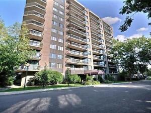 Central: walking distance to Portage buildings & downtown Ottawa