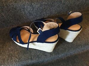 Women's Shoes (size 10-11)