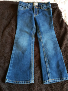 Brand new jeans size 4t