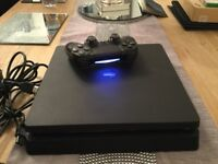 PS4 super slim 500gb immaculate condition like new